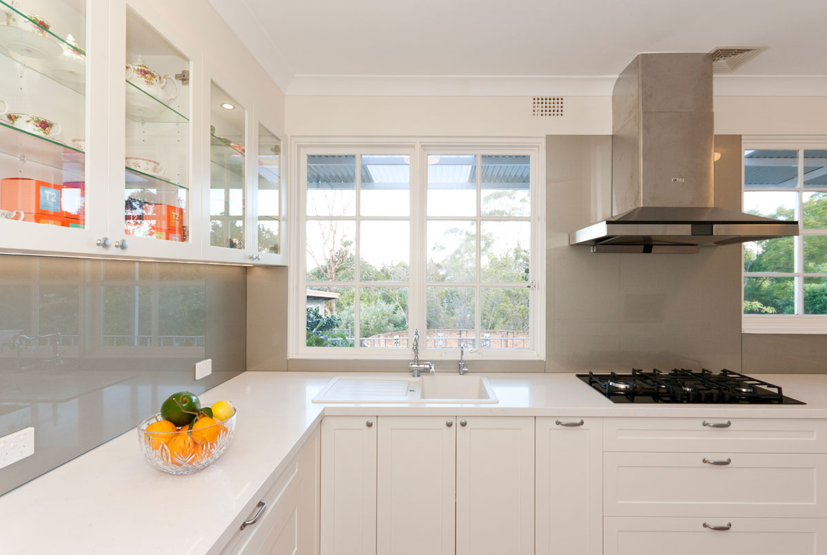 Clic Kitchen Design Featuring Caesarstone Frosty Carina Stone Benchtop And Dulux Whisper White Polyurethane Cabinets