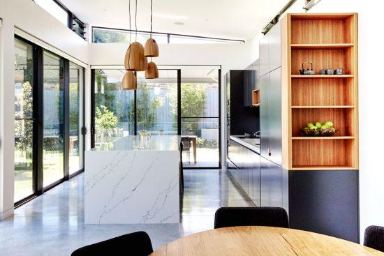 custom-kitchens-modern-kitchen-cabinet-design-quantum-quartz-polyurethane-laminex