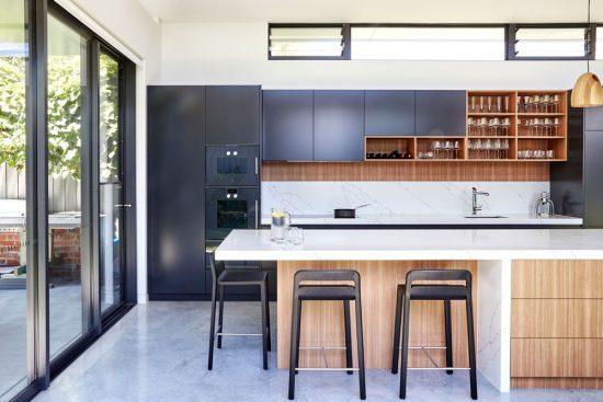 custom-kitchens-modern-kitchen-cabinet-design-quantum-quartz-venatino-statuario-polyurethane-laminex-2