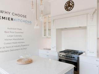 dulux-polyurethane-shaker-kitchen-cabinets-quantum-quartz-michelangelo-benchtop-premier-kitchens-showroom-display-willoughby-1b