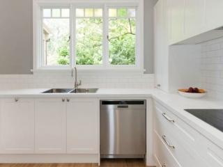 Modern classic kitchen design featuring Franke sink, Smart Stone Amara benchtop and Seimans appliances. Kitchen renovation by Premier Kitchens Australia.