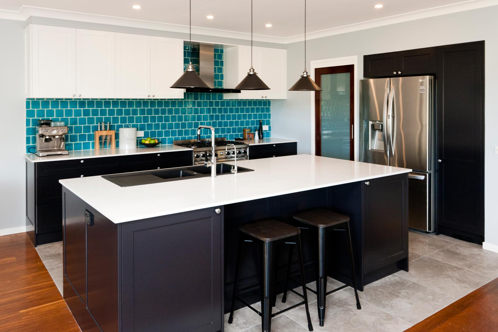 Merveilleux Art Deco Kitchen Design After Renovation Black And White Polyurethane  Joinery With Turquoise Blue Subway Tiles