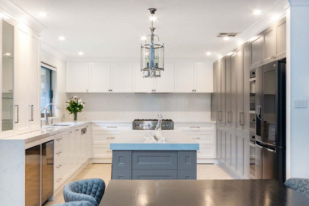 Kitchen design featuring Dulux polyurethane shaker cabinet doors, LG fridge, Miele oven & microwave, Zip tap, Quantum Quartz Michelangelo benchtop, Ilve freestanding cooker & Franke sink.