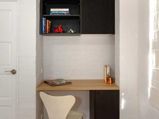 Custom built Polytec study unit